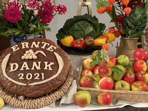 Altarschmuck zum Erntedankfest 2021in der Lutherkirche - Foto: Christian Schwarz